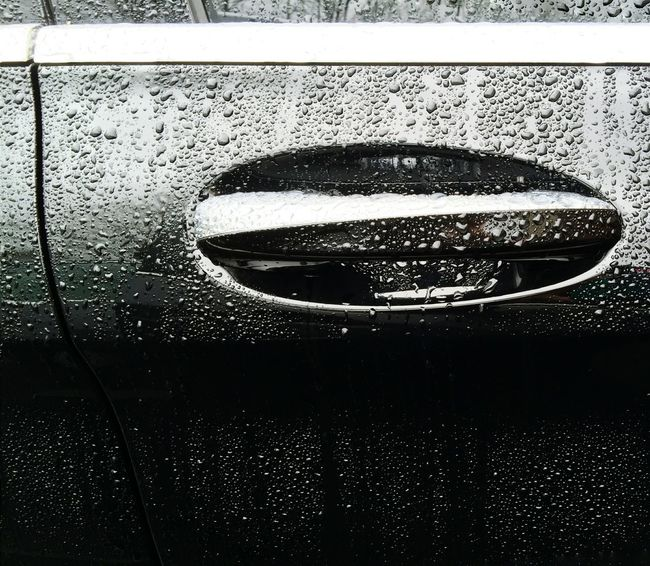 Transportation The Drive Close-up Car Door Car Door Handle Rain Drops After The Rain Wet Wet Car Wet Car Door Water Droplets Travel EyeEm Masterclass Textures And Surfaces No People Reflection Wet Surface Welcome To Black