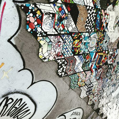 Collaboration of Mosaic & Grafiti Day Landscape