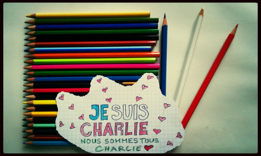 Je Suis Charlie Hello World