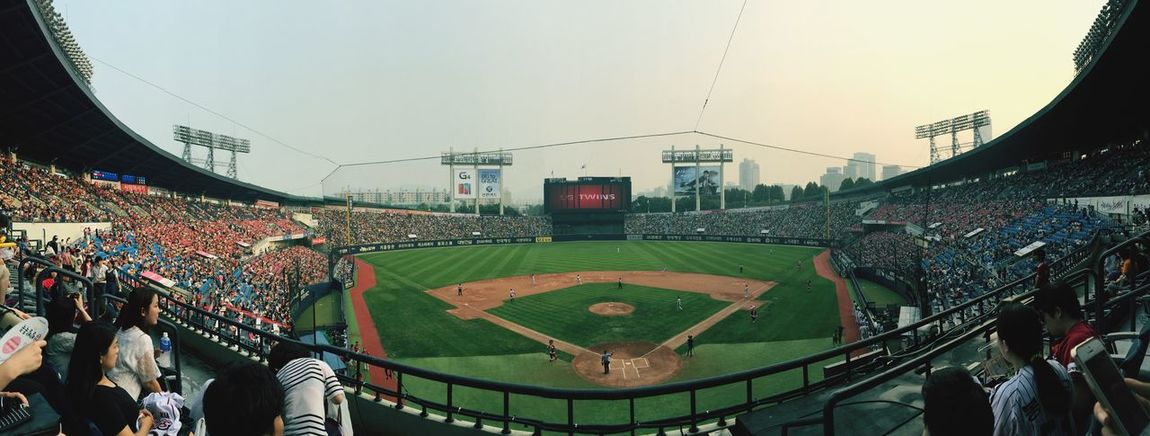 Seoul, Korea Baseball Tigers vs. Twins, 2:1 Tigers win...! aAll tickets were sold out. It's very fun game.