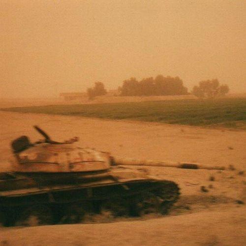 Old Army Picture Takesmeback Iraq Tank Warzone Gulf 2 Britisharmy