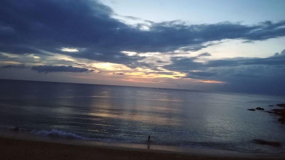 ... ... Scenics Sunset_collection Sunset Cloud - Sky Nature Beauty In Nature Beach Vacations Tranquility Reflection Landscape Tranquil Scene Outdoors Travel Destinations Tourism Travel Sky
