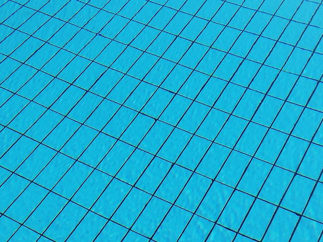 Water Pattern Low Angle View No People Close-up Pool Poolside Full Frame Wasser Blue