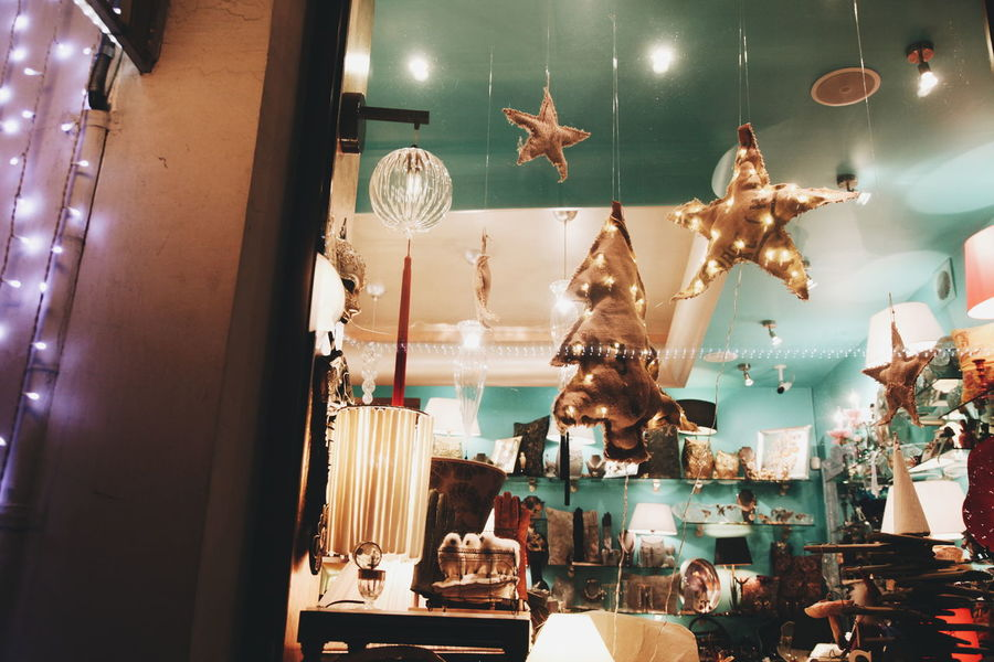 Xmas Postcard Cafe Enjoying Life Hello World Livefolk Lights Interior Design Streetphotography Vscodaily