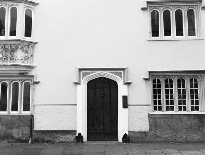House in black and white Building Exterior Architecture Built Structure Window Outdoors Arch Façade City Residential Building Day Real People The Architect - 2017 EyeEm Awards