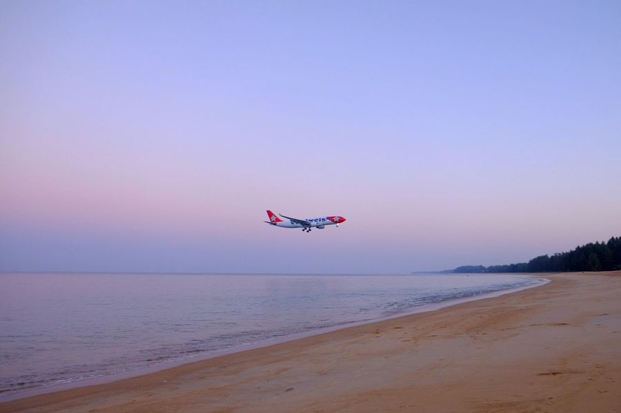 say HI to a big bird 👋🏼 Thailand Phuket Phuket Airport Beach Airplane Landing Morning Amazing Amazing View Neighborhood Map The Great Outdoors - 2017 EyeEm Awards