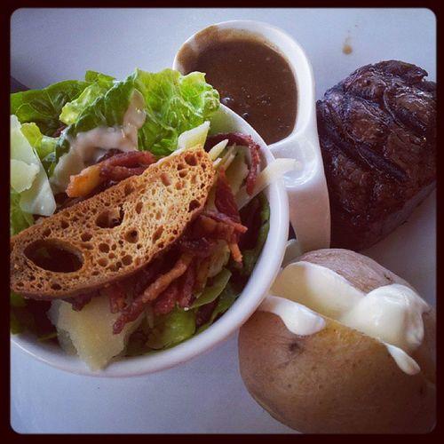 Eyefillet Steak Peppercornsauce & Cesarsalad with jacketpotatoe