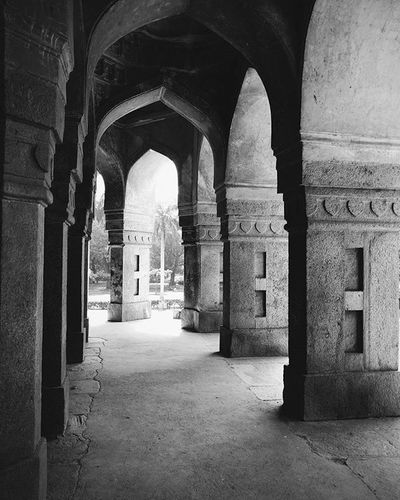 Old is awesome Awesome Old Vscocam Motoxplay Blackandwhite History Historic Pillars Mugalarchitecture Indianhistory Picoftheday Photooftheday