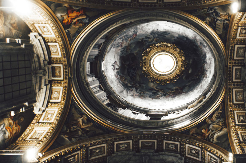 Architecture Art Art Is Everywhere Arts Culture And Entertainment Built Structure Cealing Cealing Art Close-up Cupola Day Dome Illuminated Indoors  Low Angle View No People Ornate Place Of Worship Religion Spirituality The Architect - 2017 EyeEm Awards