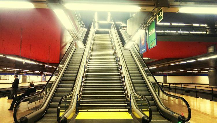 Metro... Subway Tube