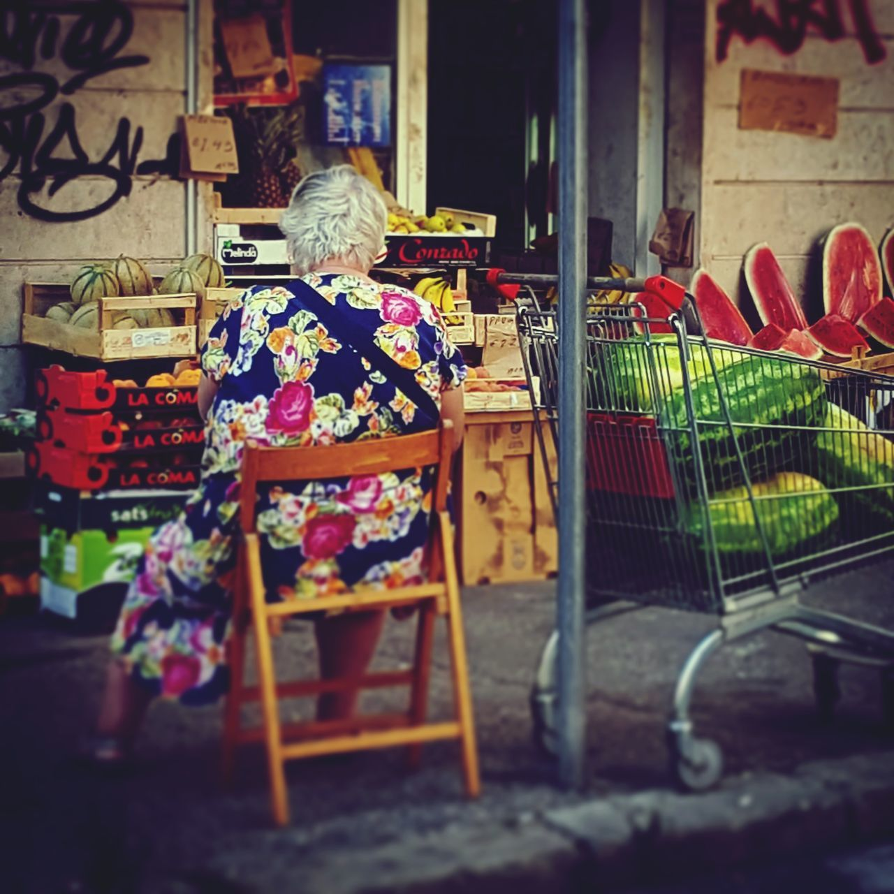 retail, choice, for sale, market, large group of objects, variation, market stall, seat, business, day, store, real people, shopping, chair, abundance, small business, multi colored, sale, retail display, selective focus