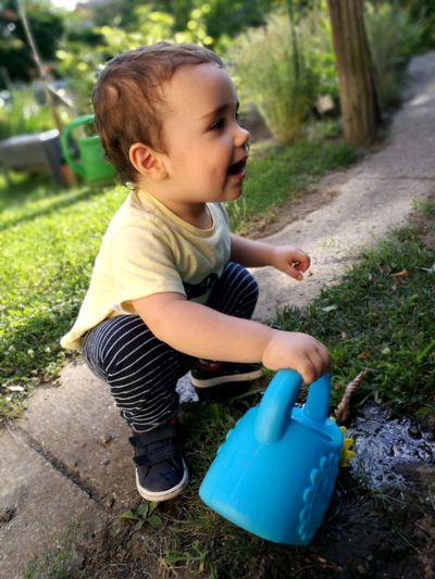Nature Garden Baby Babyboy Children People People Photography Todler 12-23 Months 12-17 Months Child Childhood Full Length Front Or Back Yard Grass Watering Can