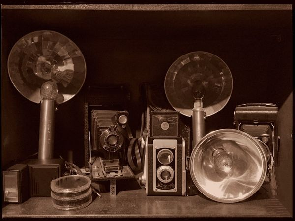 Old-fashioned Retro Styled Antique Analog Technology The Past Nostalgia Vintage Cameras No People Old Cameras Souvenirs Grand Parents Sepia Collection