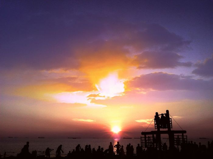 Beautyfull,sunset...photo creditor-AAKHILL Enjoying The Sun Being A Beach Bum Enjoying The Sunset Sea First Eyeem Photo