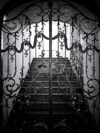 Taking Photos Light In The Darkness Blackandwhite Convent Gate Oldgate Church Architecture Architectural Detail Architecture Blackandwhitephotography Black & White Old Buildings Catholic Church Black And White Collection  Monochrome _ Collection Monochrome Black&white Black And White Church Architecture_collection Monochromeart Architecturephotography Church Buildings Architecture Details Monochrome Photograhy