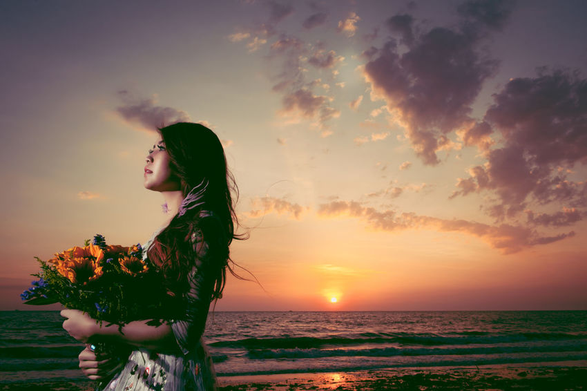 Beach Beautiful Woman Beauty In Nature Cloud - Sky Day Horizon Over Water Leisure Activity Lifestyles Nature One Person Outdoors People Real People Scenics Sea Sky Standing Sunset Water Women Young Adult Young Women