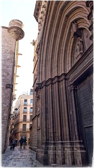 Catedral De Barcelona Catedral Barcelona Barcelonalove Portal Architecture_collection Travel Destinations Building Exterior Tourism
