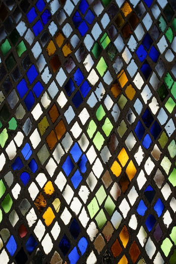 No People No Person Day Multi Colored Backgrounds Full Frame Pattern Seamless Pattern Close-up Architecture Stained Glass Colorful Geometric Shape Triangle Hexagon Triangle Shape Pyramid Textured  Architectural Detail Architecture And Art Mosaic