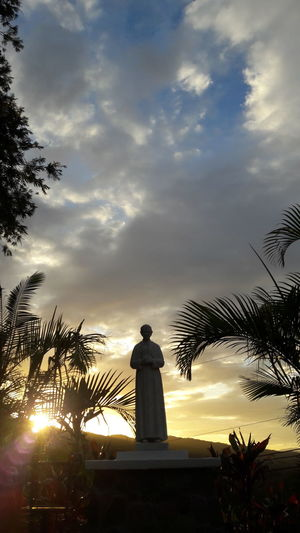 Cloud - Sky Sunset Day Sculpture Statue