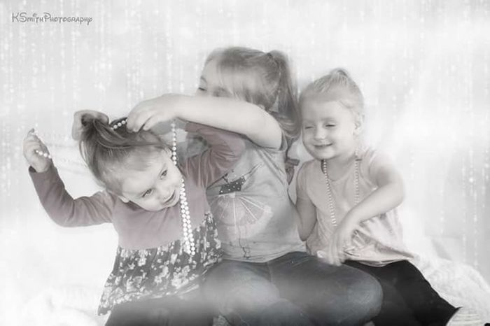 Girls Childhood Fun Children Only Smiling Happiness Sibling Pearls