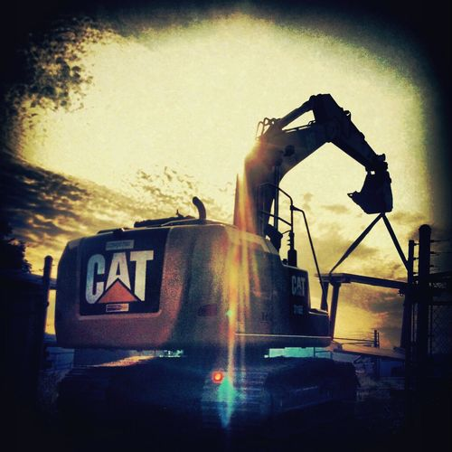 Cat Pipeliner Pipeline Life Roughneck