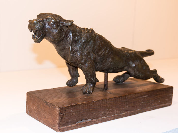 Animal Animal Representation Animal Themes Art And Craft Craft Creativity Dog Domestic Domestic Animals Figurine  Full Length Indoors  Mammal No People One Animal Panther Pets Representation Sculpture Statue Wood - Material