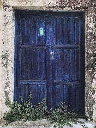 Más puertas Built Structure Architecture Building Door Building Exterior Day House Entrance No People Blue Wood - Material Old Plant