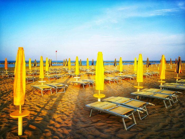 Sea Beach Sand Water Summer Outdoor Chair Chair Arrangement Protection Canopy Parasol Beach Umbrella Umbrella