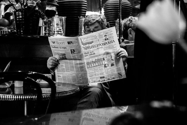 News 35mm Bar Blackandwhite Close-up Communication Contrast Day Fuji Indoors  Light News Photography Newspaper No People Noir Et Blanc Portrait Shadow Streetphotography Text Textured