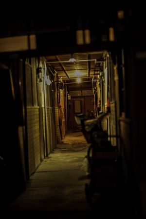 Built Structure Building Apartment Apartment Buildings Street Streetphotography Nightphotography House Entrance ISO6000以上の好感度、いや高感度で真夜中に撮影するのが最近面白い。