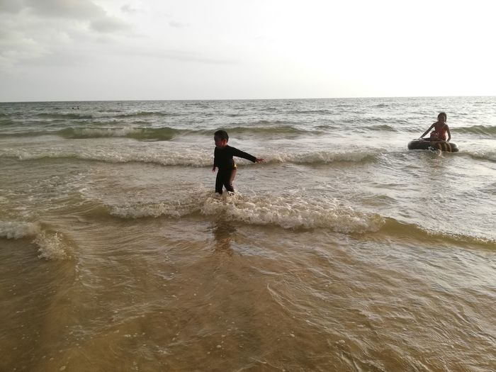 Children enjoy on summer trip 2019,หาดเจ้าหลาว Achi2019 Sea Water Horizon Over Water Sky Horizon Real People Land Leisure Activity Motion Beauty In Nature Beach Nature Wave Lifestyles Scenics - Nature Waterfront Day People Men Outdoors