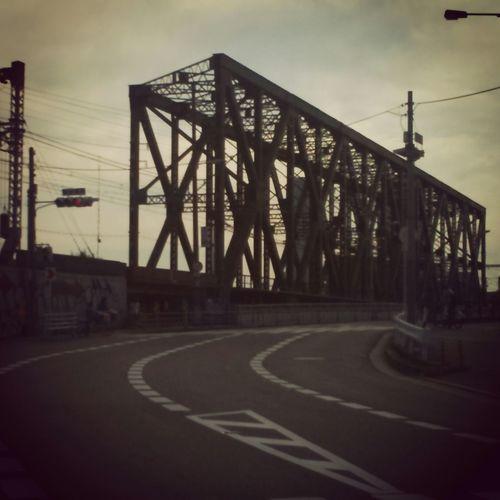 環状線。Bridge 鉄橋