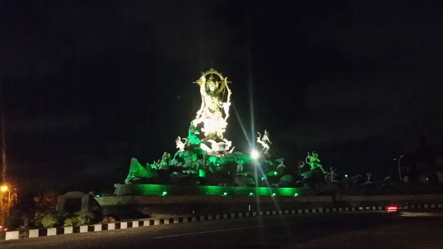 The statue welcoming the night Overnight Success Emptyroad Nopeople Whenthecitysleep Hugestatue Art Architecture Entrance To The City Denpasarcity Bali INDONESIA
