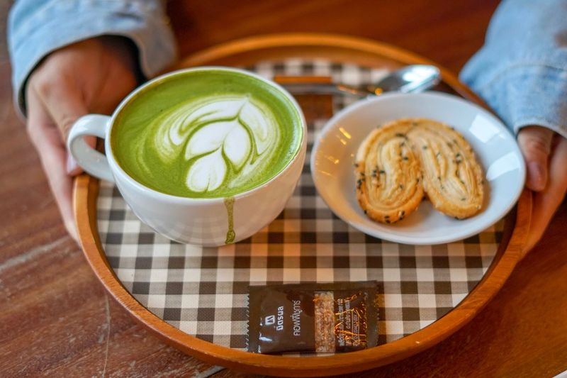 Greentea late Food And Drink Food Drink Human Body Part Freshness Hot Drink Mug Cup Tea Green Tea Close-up Hand