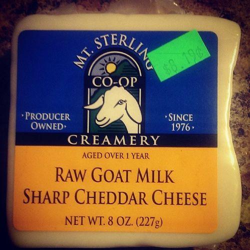 Buymtsterlinggoatcheese SharpCheddar Rawgoatmilk