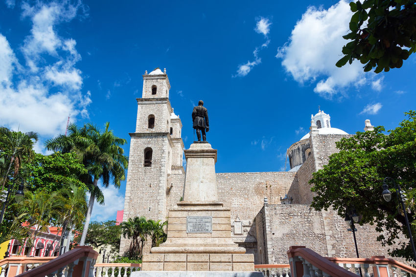 Jesuit church in heart of Merida, Mexico Architecture Cathedral Church City Colonial Style Jesus Latin Mexico Mérida Mérida Yucatán Statue Travel Yúcatan America Building Colonial Colonial Architecture Colorful Culture Destination Jesuit Mexican Street Traditional Urban