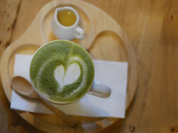 Greentea Drink Coffee Cup Coffee - Drink Refreshment Frothy Drink Cup Freshness Saucer Indoors  Table Healthy Eating Cappuccino Close-up Beverage Froth Art Non-alcoholic Beverage High Angle View Latte Matcha Tea