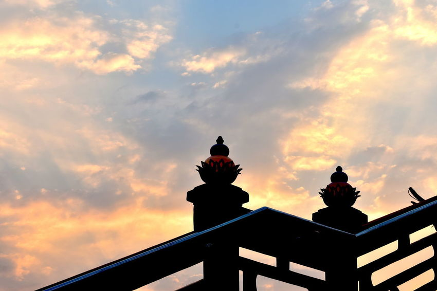 Beautiful Morning Sky Chinese Lanterns Chinese Style Lamps Morning Sky Dawn Golden Morning Clouds Lighted Chinese New Year's Lanterns As Background Sunrise Sunrise Sky Over Chinese Shrine