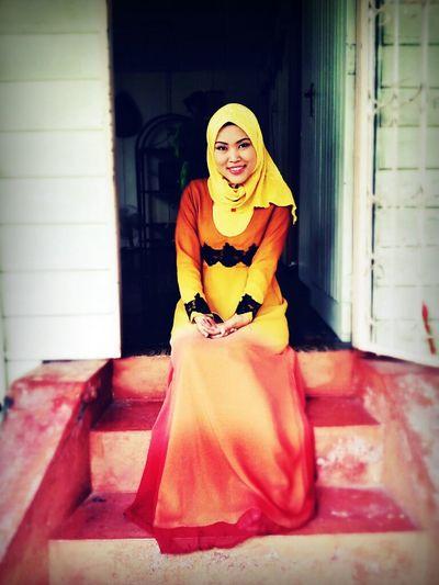 kita bertemu dipenghujung rindu. ekeke. Hijab Kampung Halaman Perak