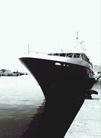 Blackandwhite Yacht Rock