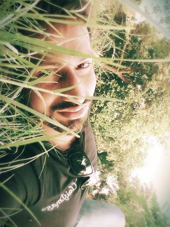 Hello World Thats Me! Selfie✌ In My Garden Check This Out Enjoying Life Taking Photos My Garden @my Home Green Green Green!  EyeEm Eyeem Photography EyeEm Gallery Good Night World Sweet Dreams