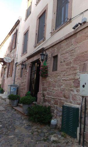 Turkey Balikesir Ayvalik 🐚🐳🐬🏊 Cunda Island Old Old Buildings Enjoying Life Hanging Out Wall Nice Day