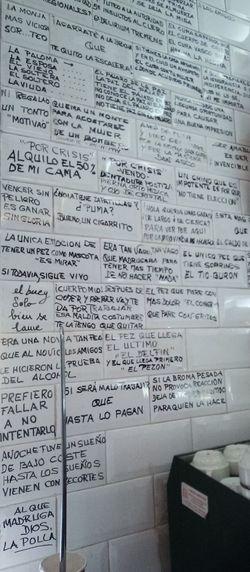 Poesia escrito en los ladrillos del pared de un bar situado en C/Hortaleza (creo), MadridSpanish Quotes Spanish Poetry España