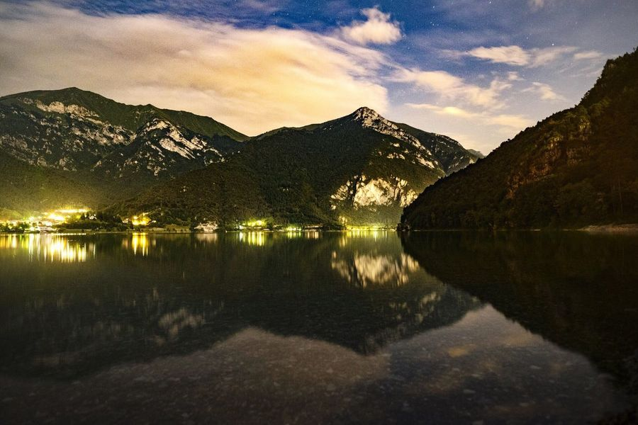The Lake Projet Lago Di Ledro Love Lake Family Time Ledrovalley Montagne Trentino Trentinodavivere Lake Trentino  EyeEm Nightphotography Holidays Free Friend Maountain Pieve