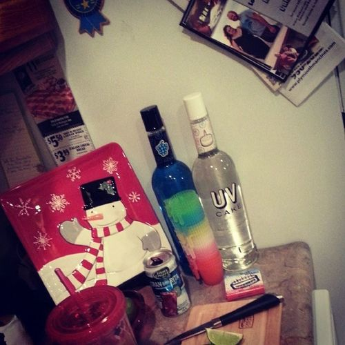 Happy-impromptu-early birthday party (: Uvcake Vodka Cranberritas Nomnom