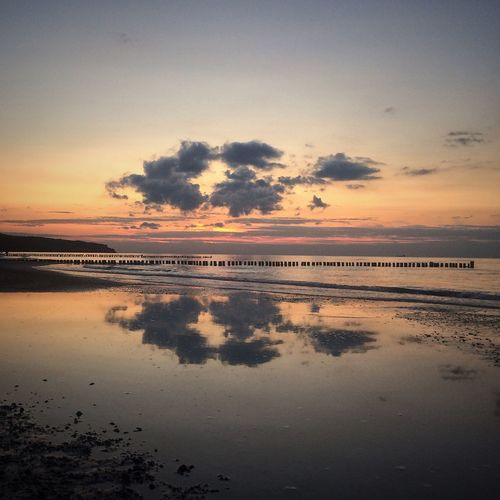 2/4 sunsets Sunset Reflection Beachphotography Sunsetporn Clouds And Sky Ostseeküste Ostsee Warnemünde Rostock Baltic Sea Summer Exploratorium