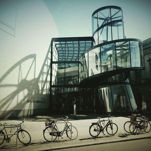 Berlin Schattenspiel  Minimalist Architecture