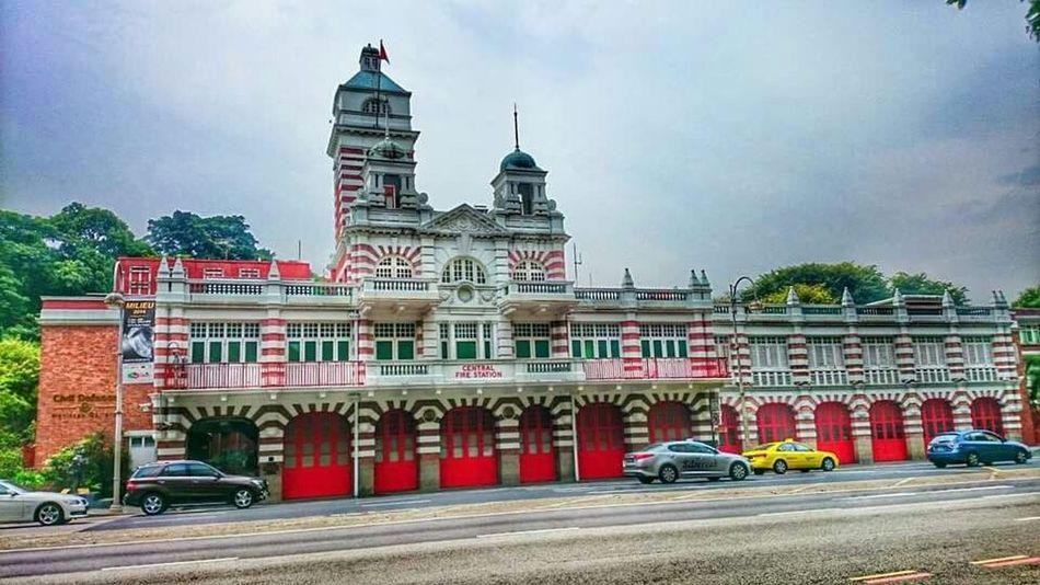 Exhibition Taking Photos Singapore City Walking Around RePicture Travel