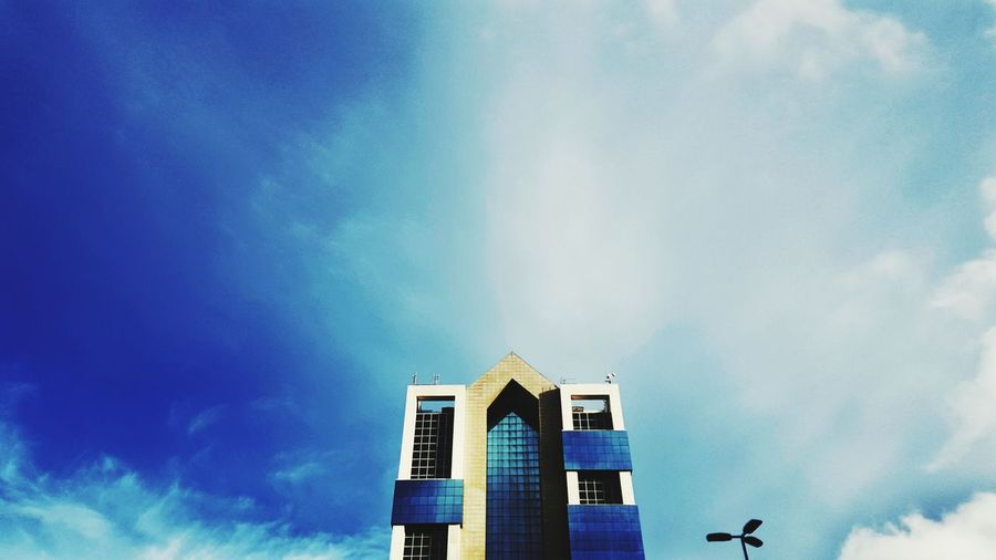 Low Angle View Sky No People Outdoors Day Blue Built Structure Architecture Portugal Photography Phonecamera My View Alignment Samsung Galaxy S6 Edge Perspective PhonePhotography Close-up Business Finance And Industry City Building Exterior Art Porto Politics And Government Bluesky Walk