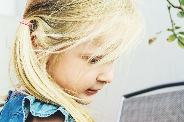 Family Little Girl Blonde Hair Pretty Girl The Portraitist - 2015 EyeEm Awards